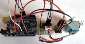 پروژه کنترل استپ موتور با استفاده از پتانسیومتر