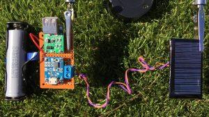 شارژر باتری خورشیدی بسازید